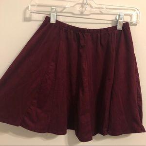 Brandy Melville maroon skater style skirt